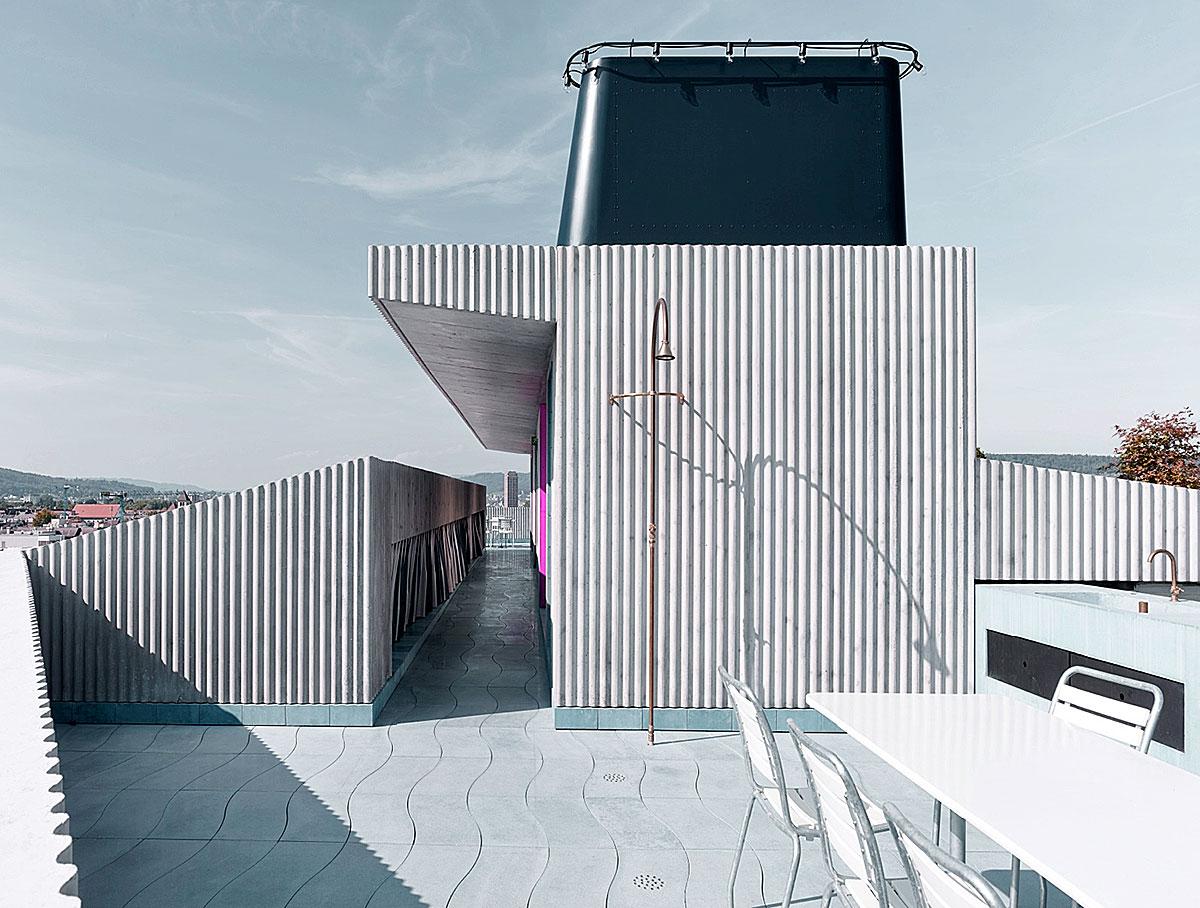 Hohes Haus West: Aussenzimmer im Dachgeschoss