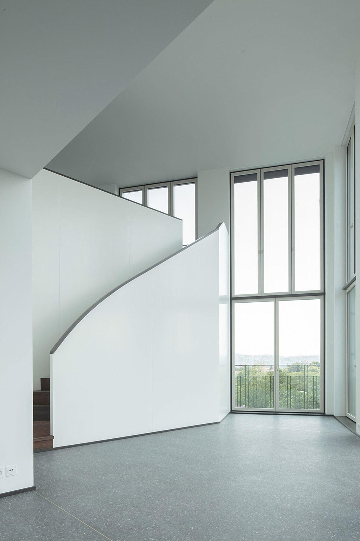 Hohes Haus West: zweigeschossiger Wohnraum