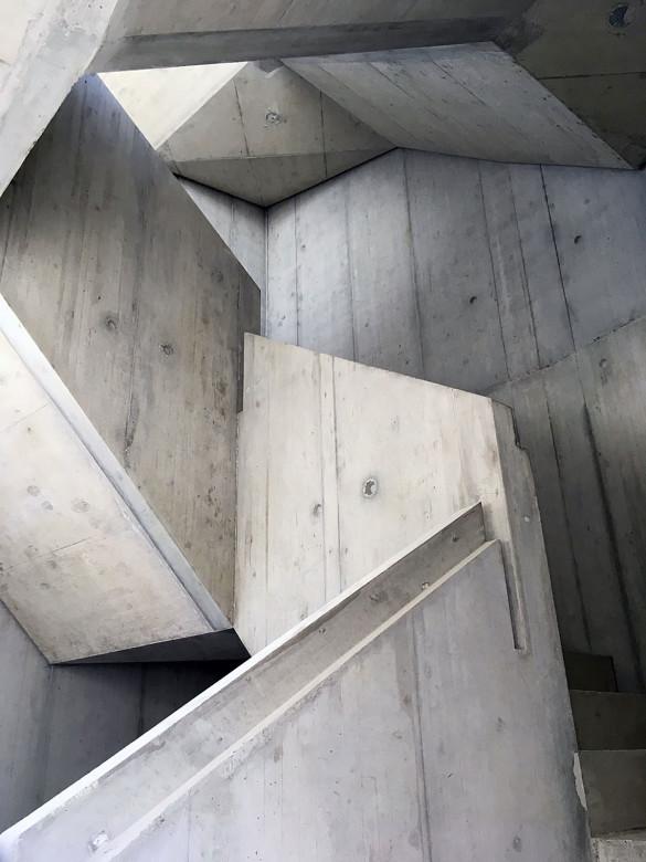 1303_Treppenhaus-innen_web