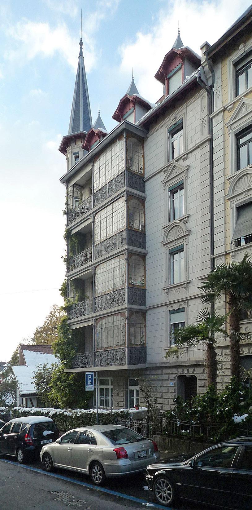 Jahrhundertwende-Wohnhaus in Zürich