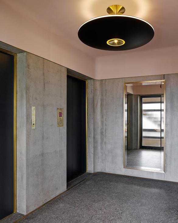 Hohes Haus West: Eingangshalle
